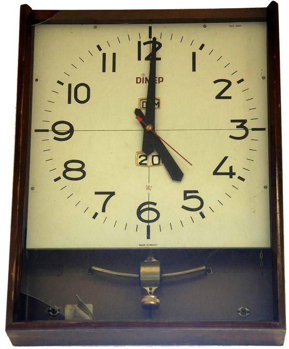 Reparación de Relojes de Pared